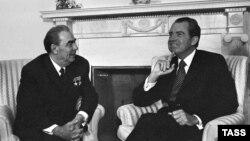 Никсон на переговорах с Леонидом Брежневым