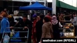 Türkmenabadyň bazary (arhiw suraty)