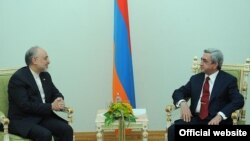 Президент Армении Серж Саргсян принимает главу МИД Ирана Али Акбара Салехи, Ереван, 8 ноября 2011 г.
