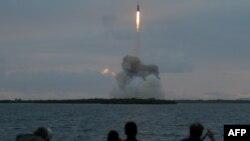 Pamje nga lansimi i anijes Orion