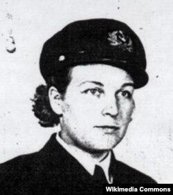 Молли Кул
