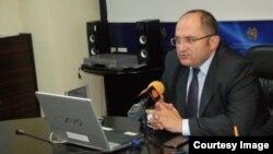 Առողջապահության գործակալության պետ Սարո Ծատուրյանը, արխիվ: