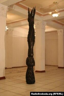 Cкульптура Триптих (фото Юрія Сулими)