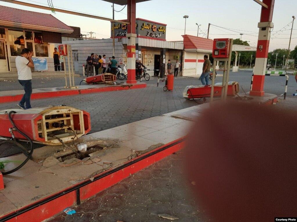 حمله به یک پمپ بنزین در اندیمشک