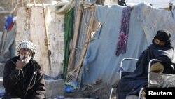 عائلة مرحلة في مخيم أم البنين ببغداد