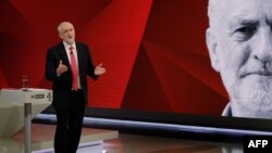 "Jeremy Corbyn la o dezbatere electorală ""May v Corbyn Live: The Battle for Number 10"", pe canalele TV Sky News și Channel 4"