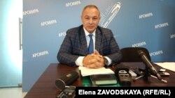 Кан Кварчия поблагодарил СМИ, освещавшие его инспекционные поездки по городу