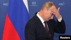 Ресей президенті Владимир Путин АТЭС саммитінде. Владивосток, 7 қыркүйек 2012 жыл