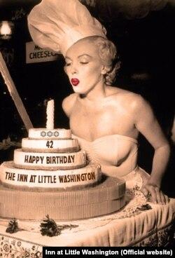 جشن ۴۲ سالگی رستوران The Inn at Little Washington در اوائل بهمن ۹۷