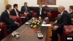 Presidenti Gjorgje Ivanov nw takim me zëvendësndihmëssekretarin amerikan Hoyt Brian Yee.