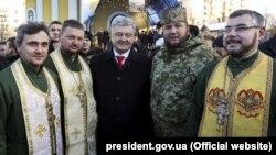 Президент України Петро Порошенко під час зустрічі зі священниками у Хмельницьку, 30 листопада 2018 року