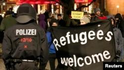Марш сторонников Pegida в Дрездене, 12 января 2015 года.