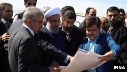 Prezident Hassan Rouhani daşqın bölgəsində