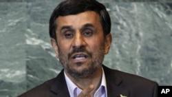Президент Ирана Махмуд Ахмадинежад выступает на сессии Генеральной Ассамблеи ООН