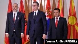 """Рама, Вучиќ и Заев на првата средба за """"Мини Шенген""""."""