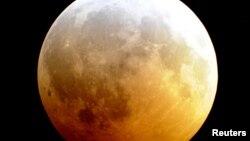 Затмение Луны.