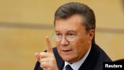 Виктор Янукович, смещенный парламентом президент Украины, на пресс-конференции в Ростове-на-Дону. 28 февраля 2014 года.