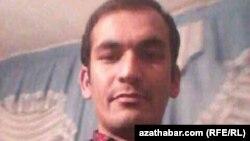 Gazetari i arrestuar, Allashov Khudayberi
