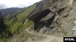 Предполагается, что автомобильная дорога Черкесск - Сухум будет проходить через Кодорское ущелье