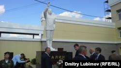 Памятник Сталину в поселке Шелангер в российской Республике Марий Эл.