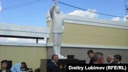 Марий Эл республикасындағы Сталинге орнатылған ескерткіш. Ресей, 9 қыркүйек 2015 жыл.