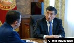 Сооронбай Жээнбеков жана Өткүрбек Жамшитов.