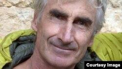 ستیره جویان اسلامگرا اروه گوردل را که راهنمای کوهنوردی بود در کوههای شمال الجزایر ربوده بودند.