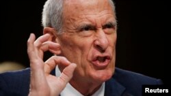 Dan Coats, direktor Nacionalne obavještajne agencije koji je zajedno sa šefom NSA ispitivan tokom svjedočenja u Senatu 7. juna 2017.