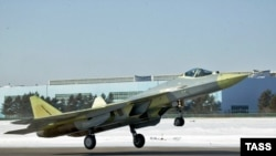 A second prototype of the fifth-generation T-50 fighter takes off for its maiden flight in Komsomolsk na Amure in March 2011.