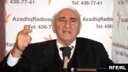 şair İlyas Tapdıq