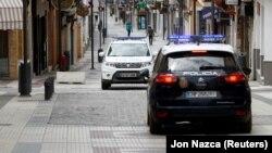 Policija u Španiji, april 2020.
