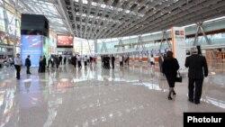 Երեւանի «Զվարթնոց» օդանավակայանը, արխիվ