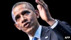 ԱՄՆ-ի նախագահ Բարաք Օբաման ելույթի ժամանակ, արխիվ