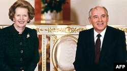 Britaniya baş naziri Margaret Thatcher SSRİ-nin sonuncu prezidenti Mixail Qorbaçovla