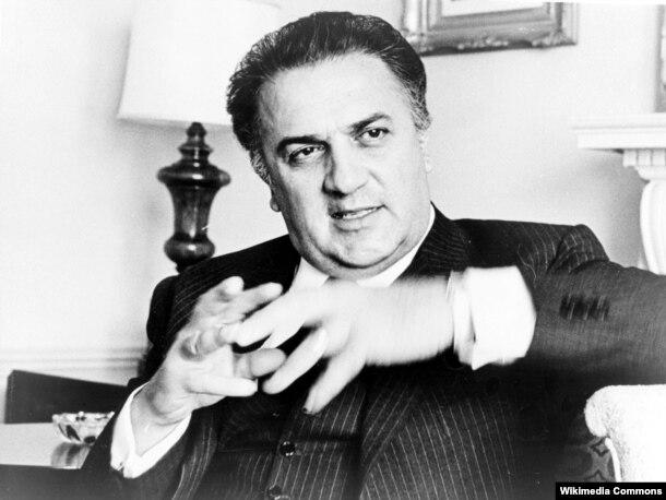 Əfsanəvi italyan rejissour Federico Fellini, 1965.