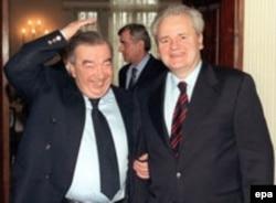 """Евгений Примаков на переговорах с президентом Югославии Слободаном Милошевичем, 30 марта 1999 года - через 6 дней после знаменитого """"разворота над Атлантикой"""""""