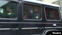 Машина, доставляющая Андерса Брейвика в городской суд Осло