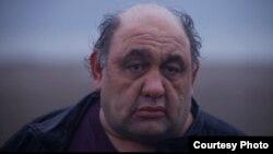 لِوون هفتوان، هنرپیشه ایرانی، در فیلم «لرزاننده چربی».