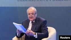 FILE: Uzbek Foreign Minister Abdulaziz Kamilov