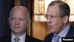 Sekretari i Jashtëm britanik Uilliam Hejg dhe ministri i Jashtëm rus, Sergei Lavrov, Moskë, 28 maj, 2012