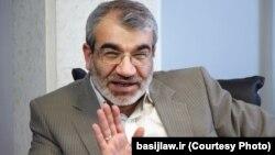 آقای کدخدایی میگوید «باید دید» نمایندگان «شرایط» مورد نظر نظام سیاسی جمهوری اسلامی را طی دوره چهار سال نمایندگی حفظ خواهند کرد یا نه.