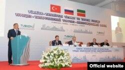 Рустам Минниханов в татарстано-турецком торгово-инвестиционный форуме в Стамбуле, 2012 год