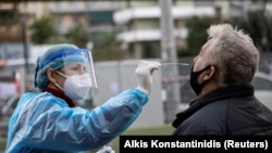 Илустрација: Тестирање на коронавирус во Грција