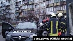 Водій автівки загинув