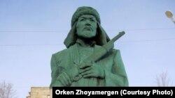 Памятник Кейки-батыру в Аркалыке.