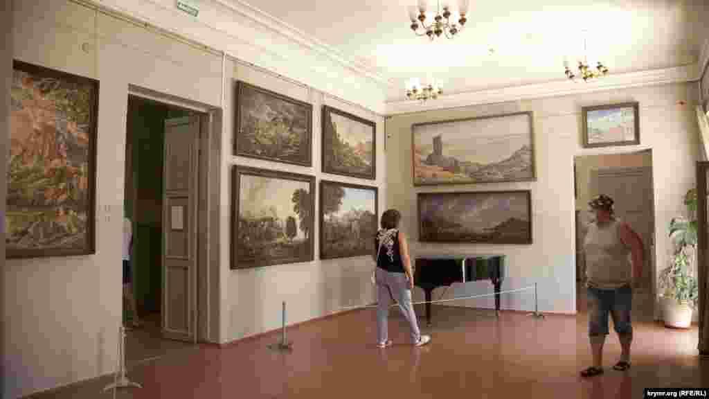Зал Богаєвського в Будинку сестри художника