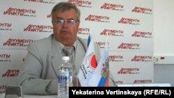 Бывший кандидат в губернаторы Леонид Карнаухов