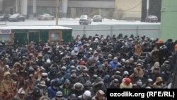 Москвадагы мусулмандар айт намазда