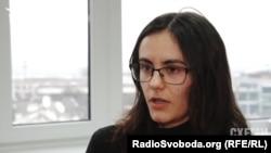 Юрист громадської організації «Центр протидії корупції» Ольга Веретільник вважає, що договір із ТОВ «Консалтінг центр» не мали укладати