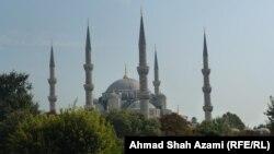 په استنبول کې د سلطان احمد جامع جومات.